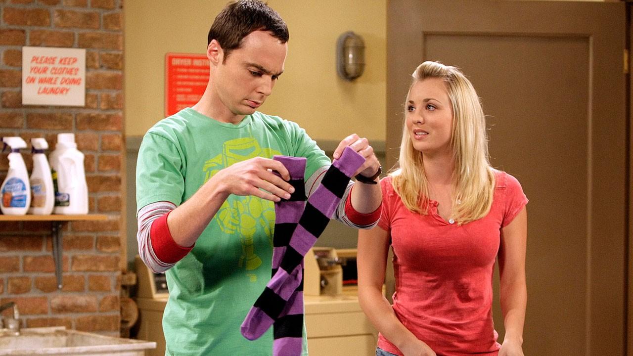 Utilizó The Big Bang Theory Sin Permiso Dulce Gatito Buho